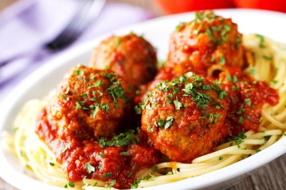 iStock_spagetti_kottbullar_20246589Small